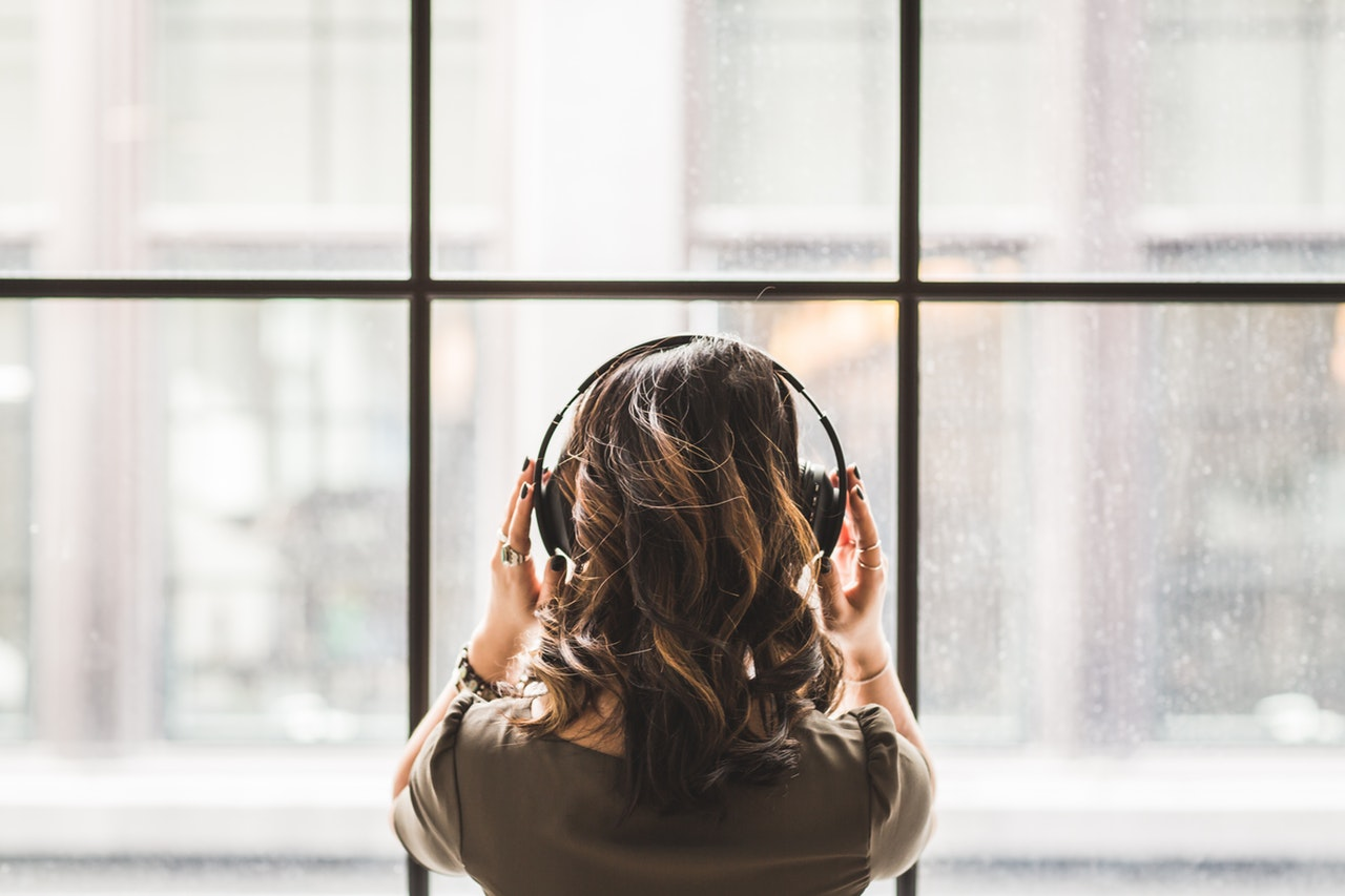 The Health Benefits of Listening to Music